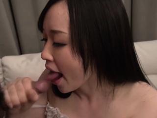 Yuka Wakatsuki is a comprehensive who can't creep easily. The