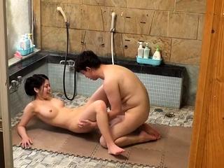 Wild alfresco japanese teen blowjob