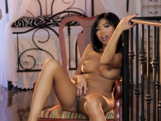 Petite Asian Ember Snow's Solo Masturbation Is Breathtaking